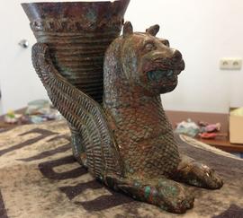 antiker geflügelter löwe